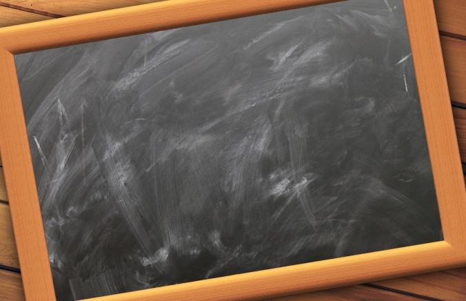school-916678_1920